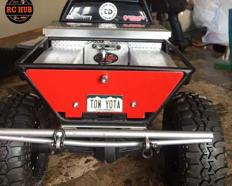 FAN FRIDAY FEATURED BUILD BY CHRIS CHESROWN